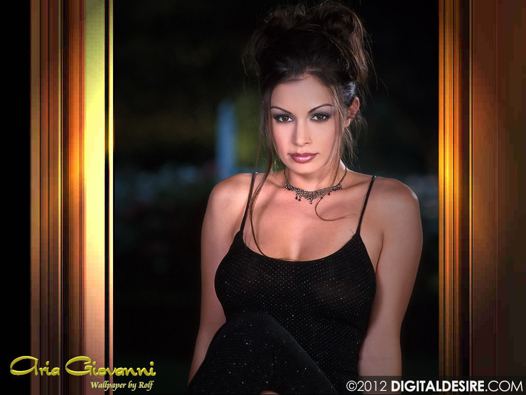 http://fxpaper.fatalsystem.com/images/wallpapers/celebs/aria-giovanni/aria_giovanni_4.jpg