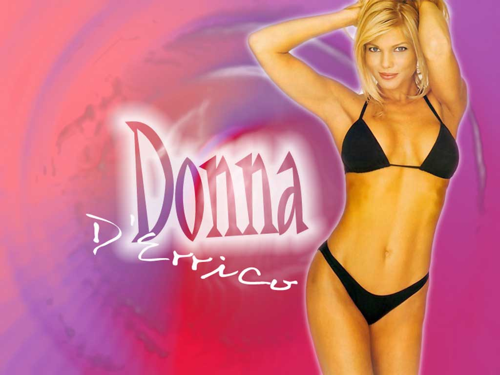 golaya-donna-derrico