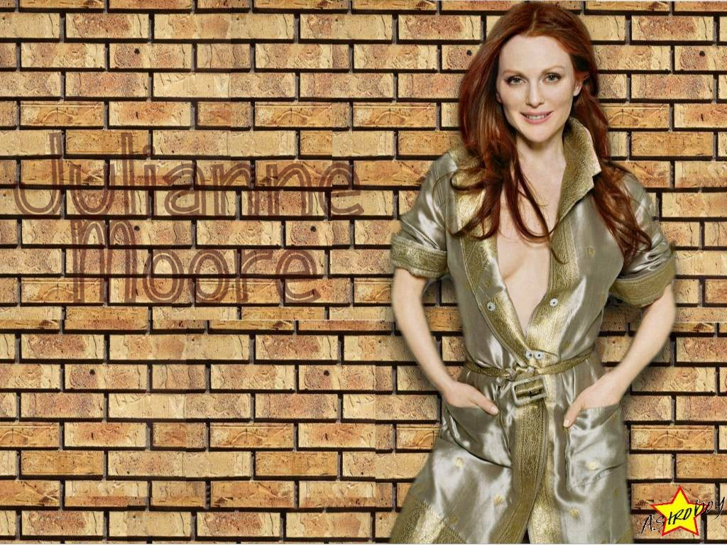 http://fxpaper.fatalsystem.com/images/wallpapers/celebs/julianne-moore/julianne_moore_13.jpg