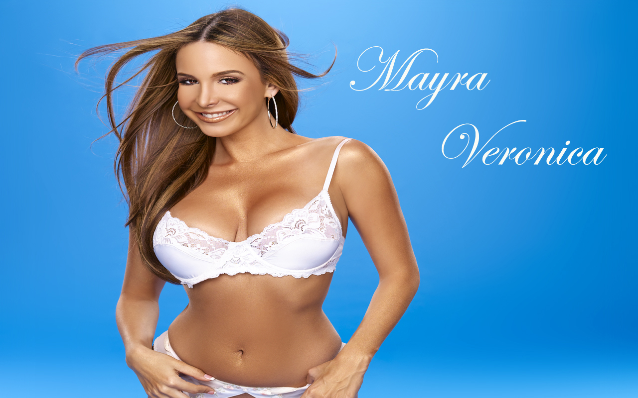 Mayra veronica 1