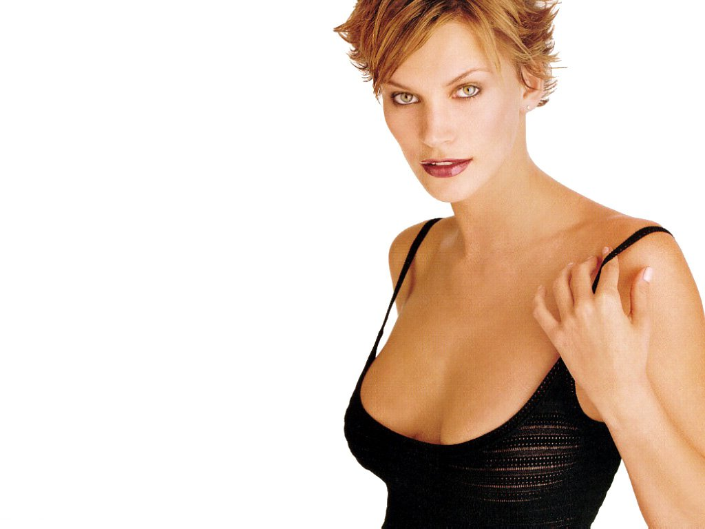 Natasha Henstridge - Picture