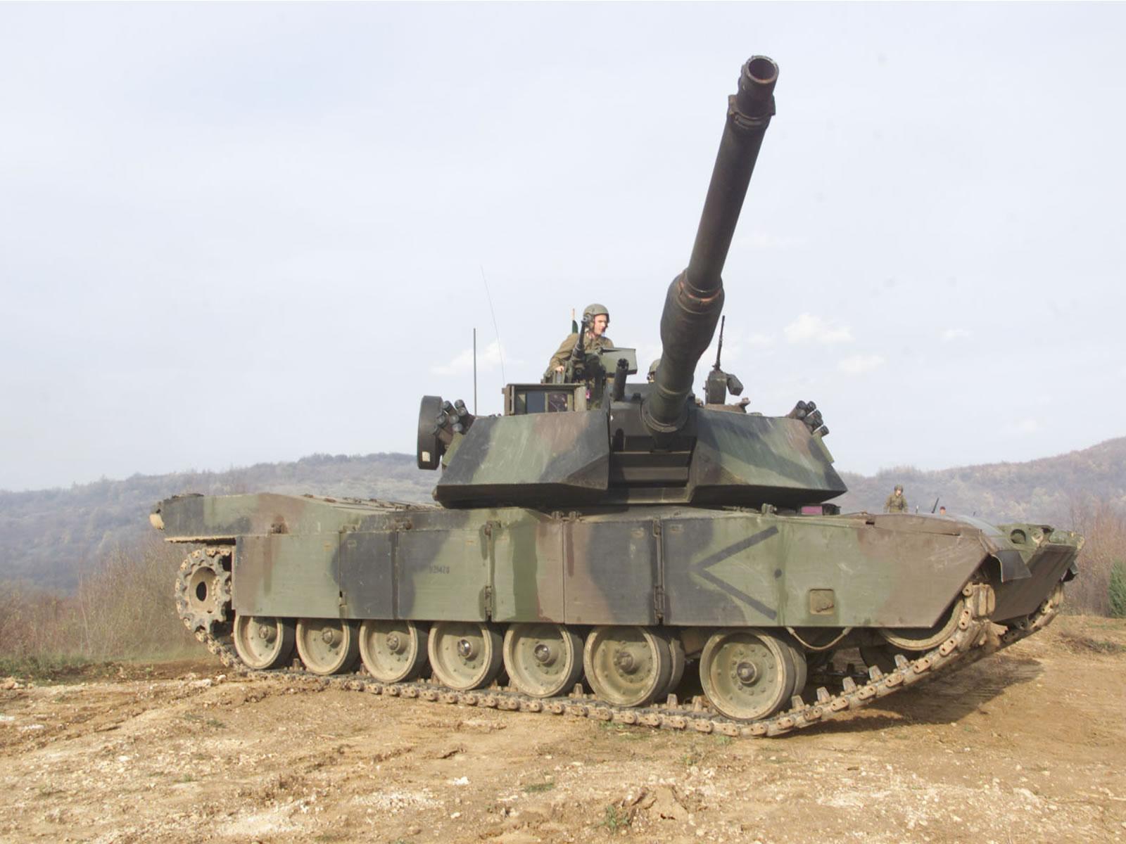 M1A1 abrams tank 6